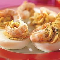 Eieren gevuld met rode pesto & garnalen