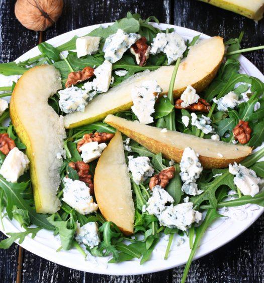 Roquefort salade met appel en walnoot
