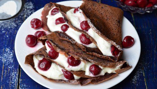 Chocolade pannenkoek met kersen